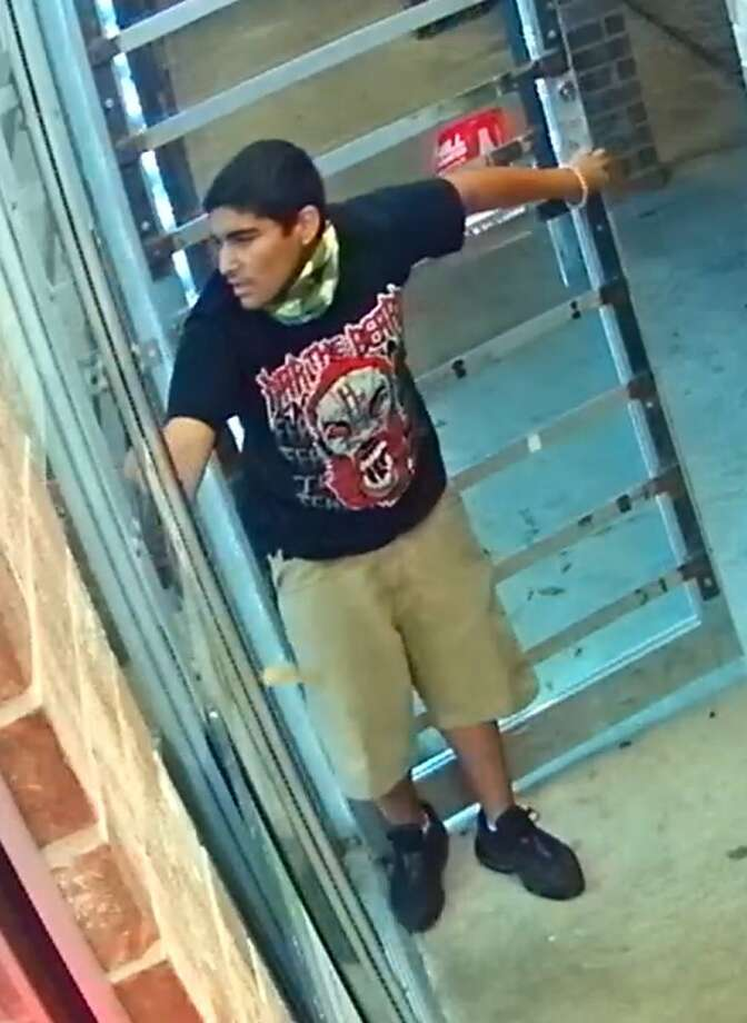 The subject pictured is wanted in Houston convenience store robbery that turned deadly at about 10 p.m. March, 9, 2017 at a gas station located at 631 Uvalde Road. Police say the subject and another person attempted to rob the station, but a employee inside with a gun shot and killed the second robber. The employee was also struck in the gunfire. Photo: Houston Police Department