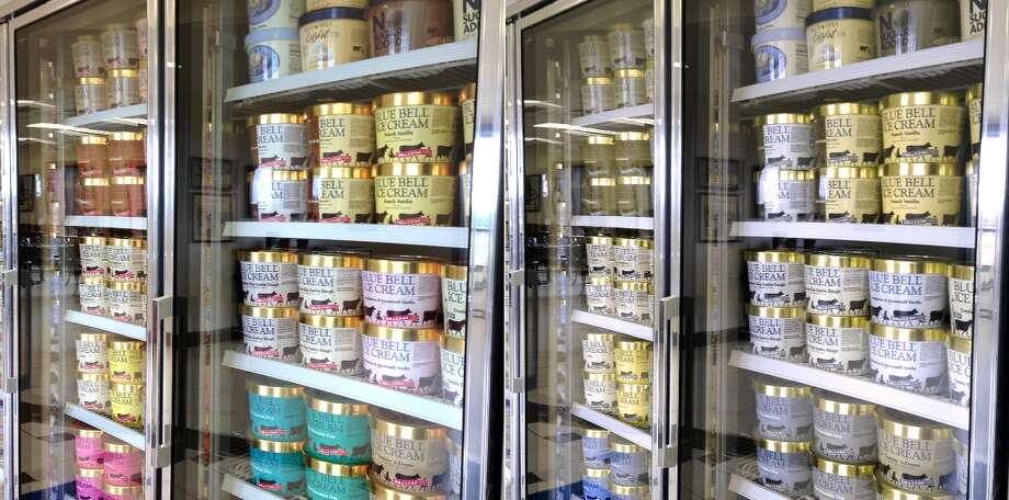 A Galveston County mom alleges in a court document that she and her daughter contracted listeria from eating Blue Bell ice cream in 2015.SLIDESHOW: Remember how the internet reacted to the Blue Bell recall? Keep clicking for the funniest responses. Photo: Blindfsr