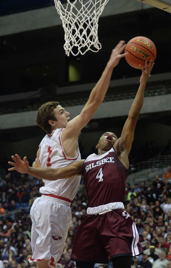 Sislbee's Braelon Bush against Argyle at UIL state tournament in San Antonio on Friday. Photo taken Friday, March 10, 2017 Guiseppe Barranco/The Enterprise Photo: Guiseppe Barranco, Guiseppe Barranco/The Enterprise