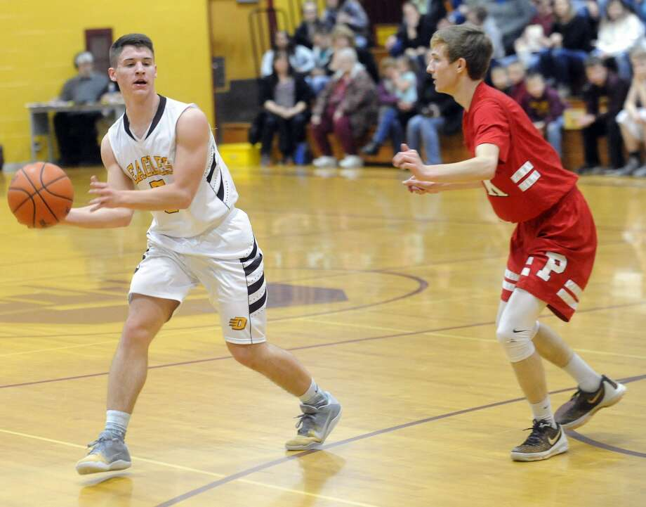 Peck 45, Deckerville 35 Photo: Seth Stapleton/Huron Daily Tribune