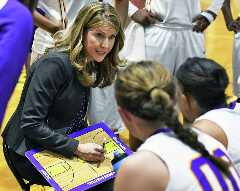 UAlbany head coach Joanna Bernabei-McNamee with players during a time out in their America East championship game against Maine Friday March 10, 2017 in Albany, NY.  (John Carl D'Annibale / Times Union) Photo: John Carl D'Annibale / 20039898A