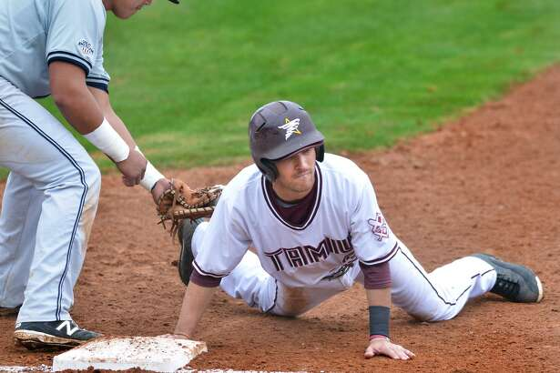 The Dustdevils dropped a pair of games in San Antoino to St. Mary's Saturday as they were swept in four outings. TAMIU second baseman Mario Ramirez finished 3-for-3 with a run in their 6-2 Game 1 loss before the team fell 13-9 in Game 2.