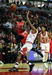 Rockets' Pat Beverley returns to his