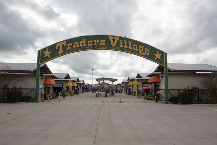 San Antonio's Traders Village will reopen to the public this weekend, the entertainment complex announced Tuesday on its Facebook account. Photo: By B. Kay Richter, For MySA