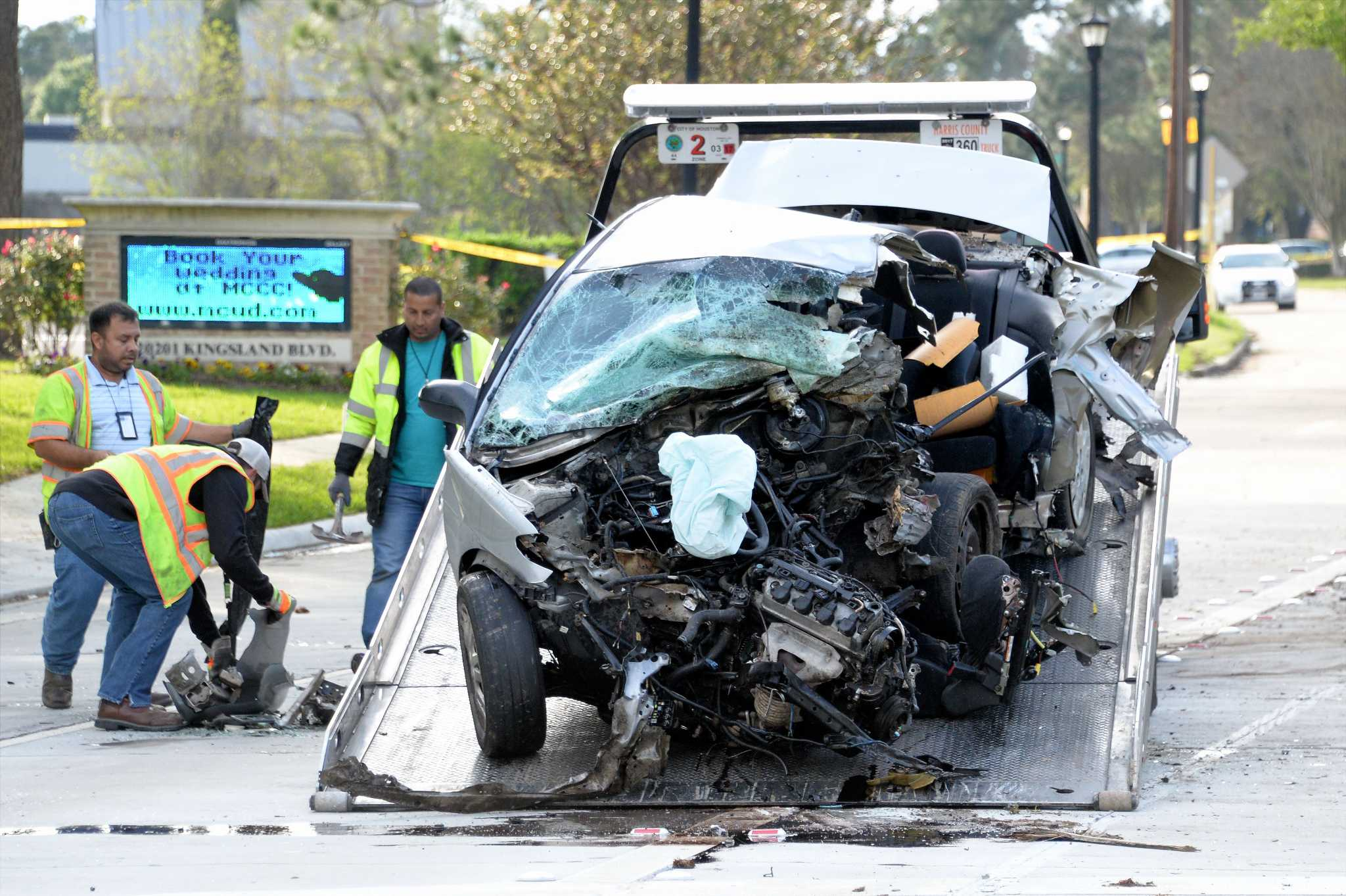 what are the distractions that lead to fatal car accidents Call the omaha car accident lawyers at the  the number of fatal car accidents throughout the state of nebraska  severe car accidents lead to extensive.