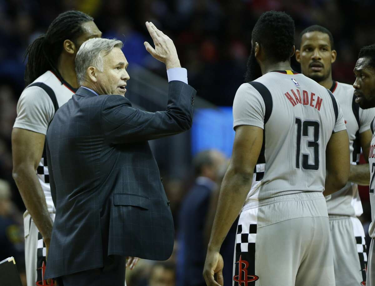 Houston Rockets head coach Mike D'Antoni calls a play with guard James Harden (13) during the fourth quarter of an NBA basketball game against the Cleveland Cavaliers at Toyota Center on Sunday, March 12, 2017, in Houston. ( Brett Coomer / Houston Chronicle )