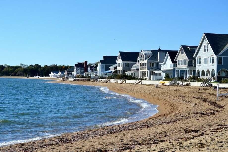 50) Connecticut Annual taxes: $11,227 Monthly taxes: $985 Population: 3,592,053 Photo: Léo Schmitt / Wikipedia