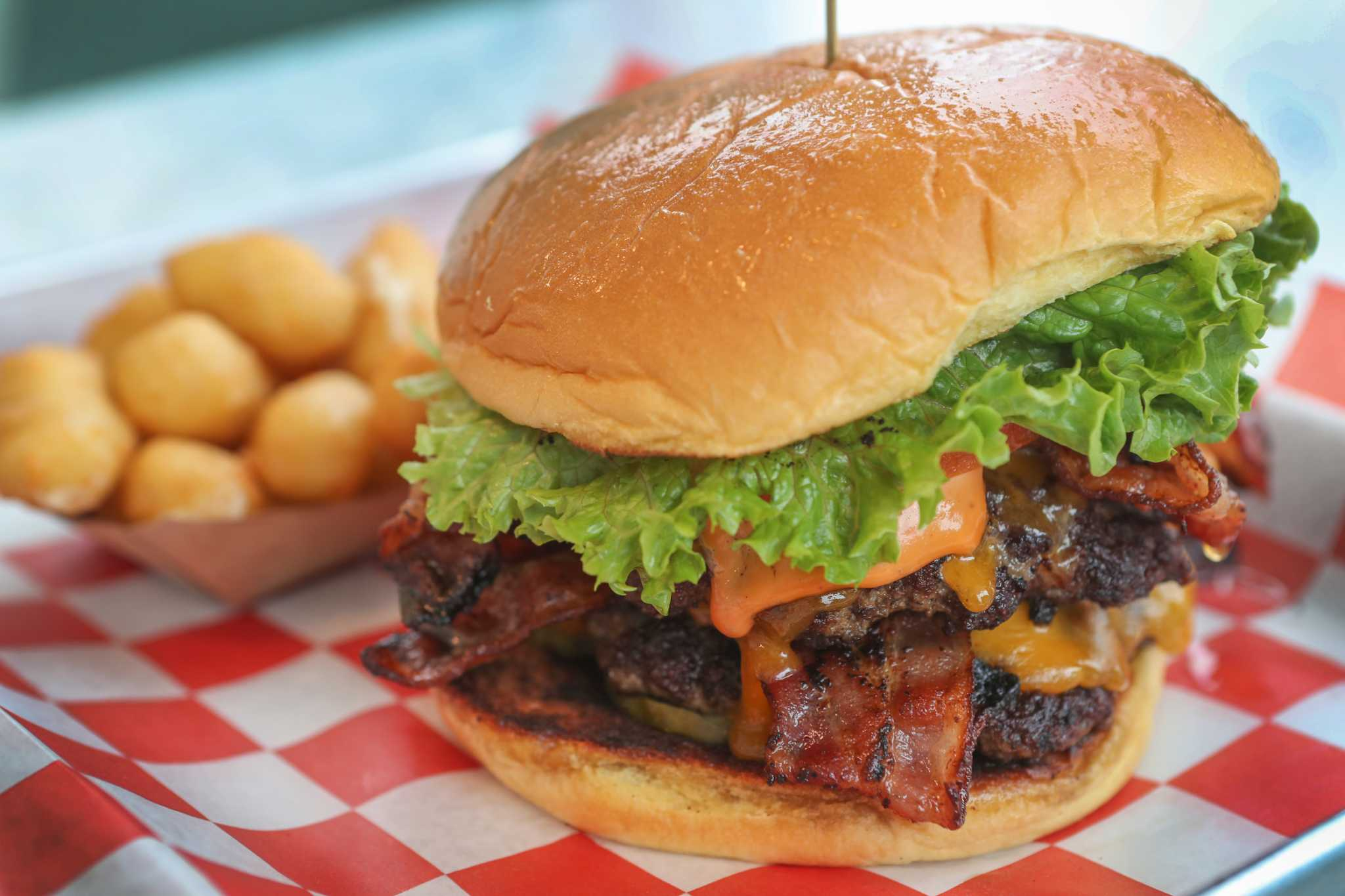 chef ronnie killen u0027s burger joint gets surprising one star review
