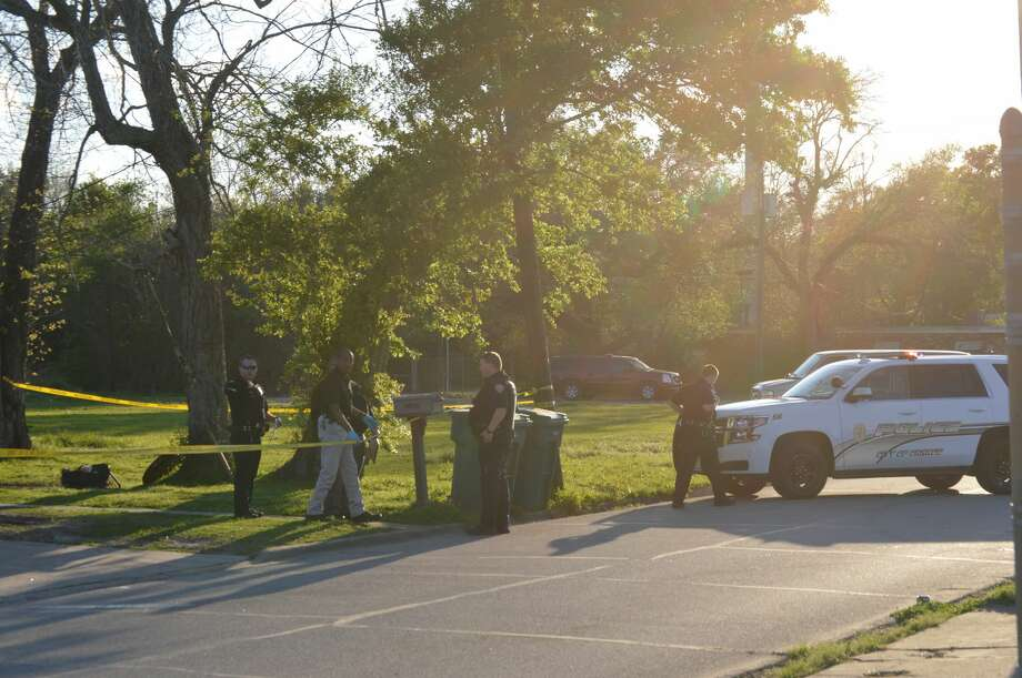 Orange police investigate the shooting death of Megan Smith, 24, who was found in the 1500 block of Main Avenue at 5:48 p.m. Monday. Photo: Eric Williams/The Enterprise