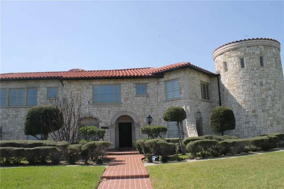 A castle-style home on Corpus Christi's Ocean Drive is garnering a lot of attention from prospective buyers. The five-bedroom home was built in 1937 and is one of the most distinctive properties along that historic Corpus roadway. A price tag of $2,750,000 gets the buyer an unobstructed 6,200 square-foot view of Corpus Christi Bay. Photo: Sandy Powell