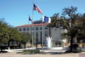 21.Baylor College of Medicine            Average undergraduate GPA: 3.86    Average MCAT score: 515    Acceptance rate: 4.1 percent    Funding from National Institutes of Health: $301 million