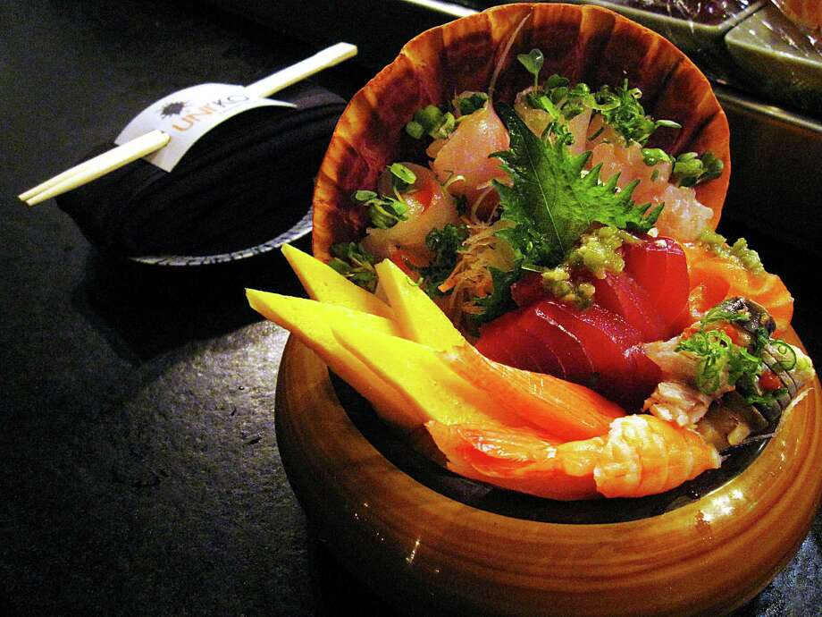 A chirashi bowl of mixed sashimi over rice at Uni'ko Japanese House at the Éilan development. Photo: Mike Sutter /San Antonio Express-News