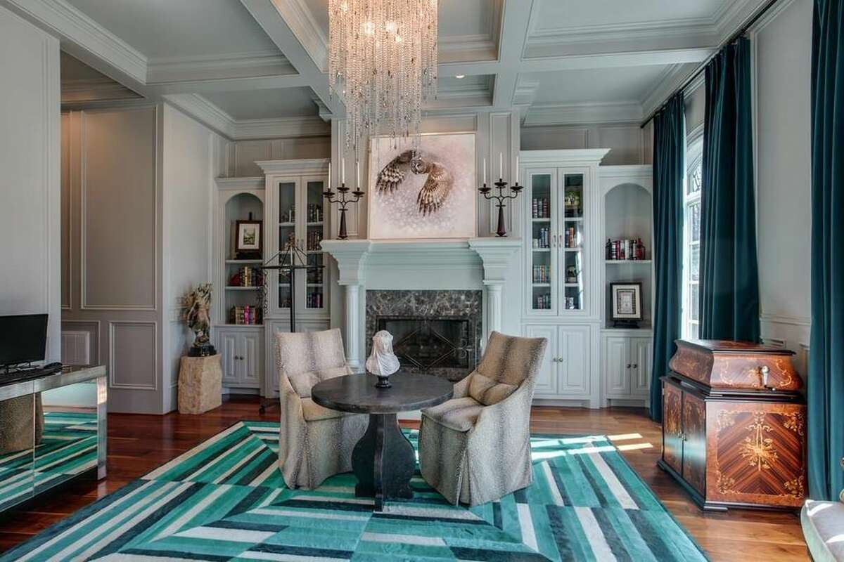 American Idol Kelly Clarkson Selling Her Tennessee Mansion For 8 75 Million
