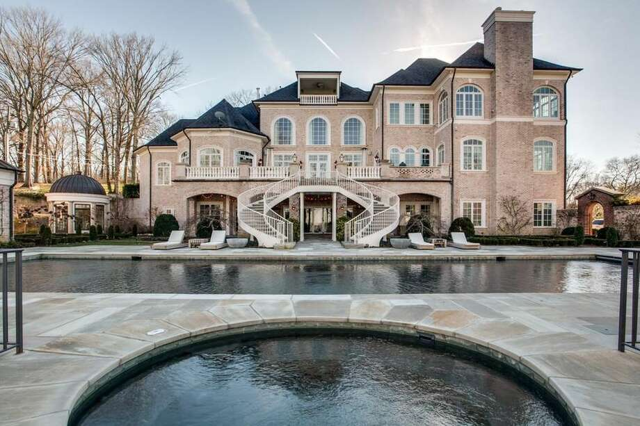 Kelly Clarkson is already gone from her Hendersonville, TN, mansion, and it could be yours. The singer's stunning estate with magnificent views is up for grabs for $8.75 million. Jack Miller is the listing agent. Photo: Realtor.com