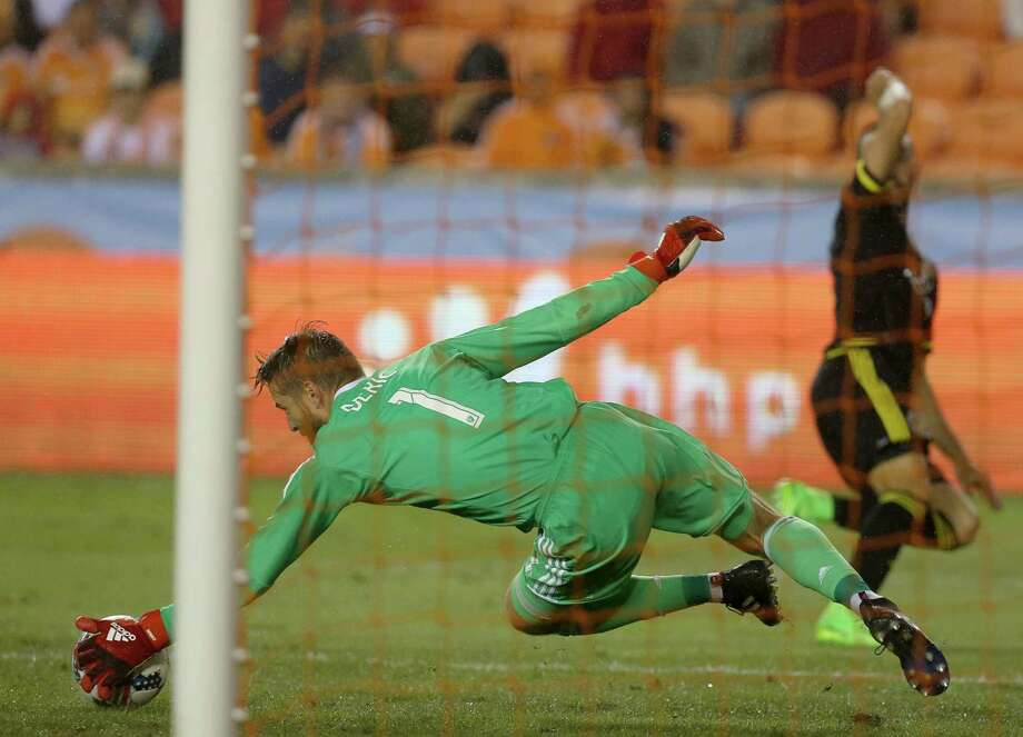 Dynamo goalkeeper Tyler Deric is regaining his form after a subpar and injury-plagued 2016 season. The Homegrown Player has six saves through two games. Photo: Yi-Chin Lee, Staff / © 2017  Houston Chronicle