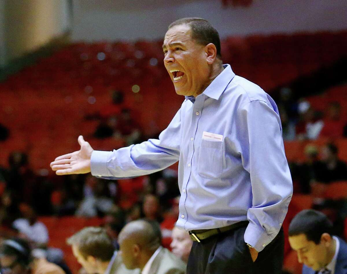 Houston Cougars head coach Kelvin Sampson reacts to a play during the second half of a basketball game at Hofheinz Pavilion, on the University of Houston campus, Wednesday, Jan. 4, 2017, in Houston. ( Jon Shapley / Houston Chronicle )
