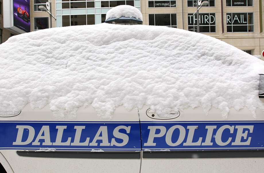Texas' snowstormIn 2011 a massive snowstorm swept across the U.S., reaching Texas and bringing several inches of snow throughout the panhandle.Click through to see photos of Texas' rare snowstorm. Photo: Al Bello/Getty Images