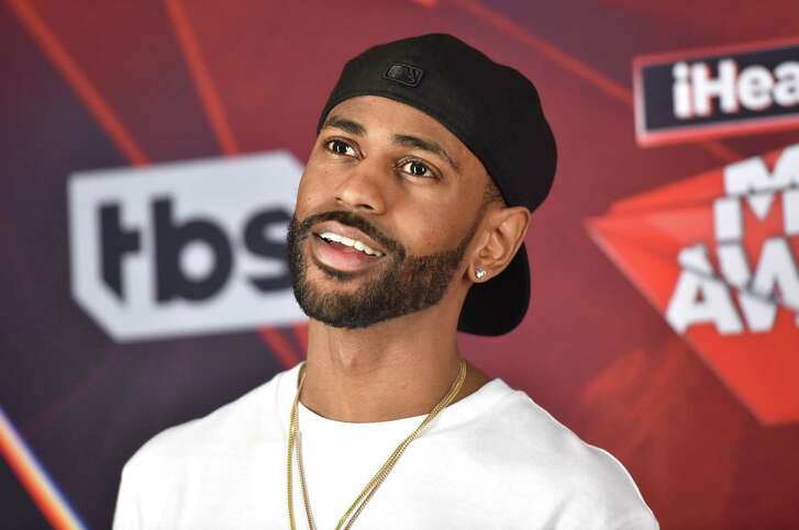 INGLEWOOD, CA - MARCH 05:  Recording artist Big Sean poses in the press room during the 2017 iHeartRadio Music Awards which broadcast live on Turner's TBS, TNT, and truTV at The Forum on March 5, 2017 in Inglewood, California.  (Photo by Alberto E. Rodriguez/Getty Images)