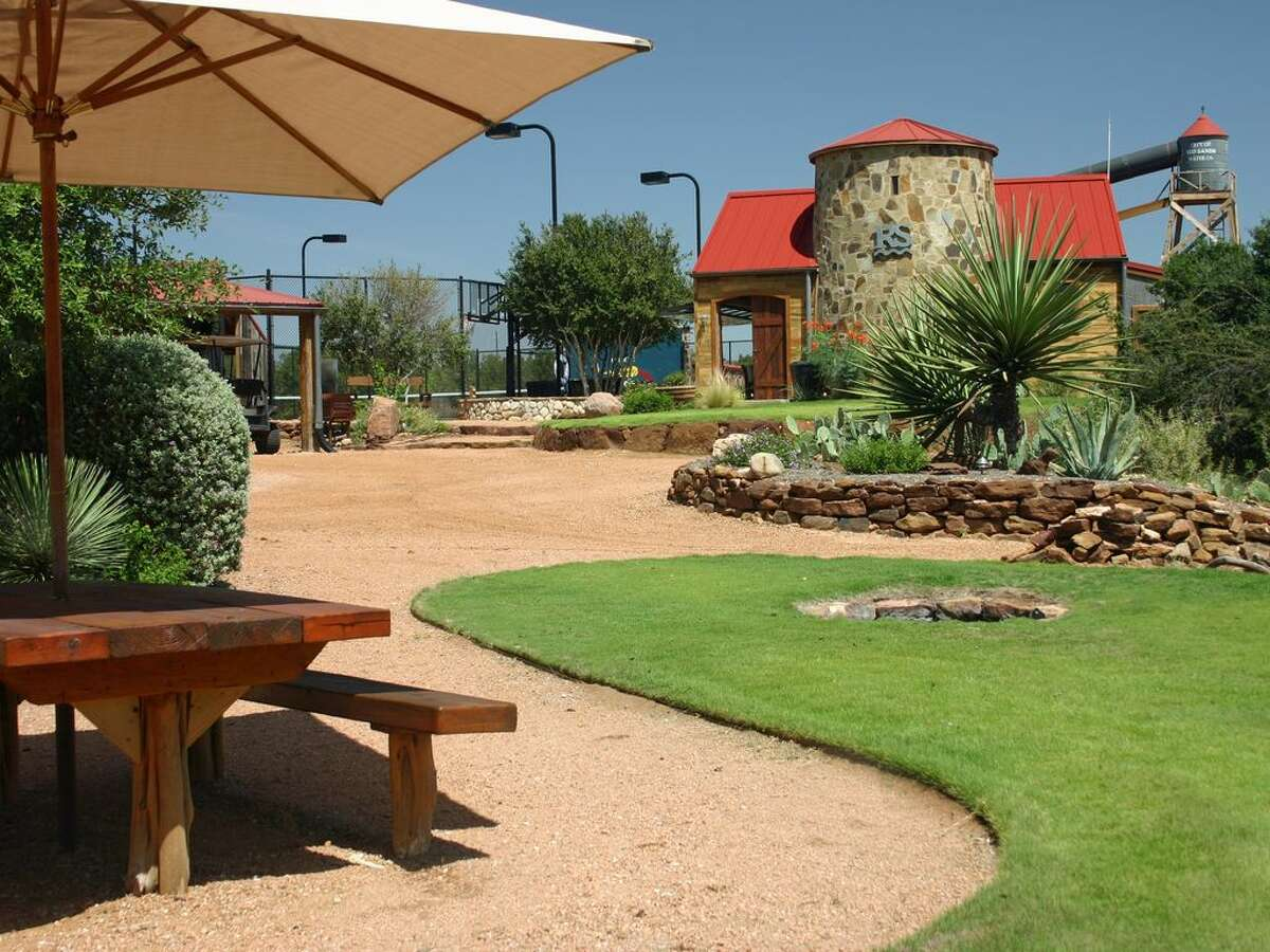 Red Sands RanchMason, Texas Price:$1,557 average/nightSleeps:Up to 35 peopleSee the listinghere.