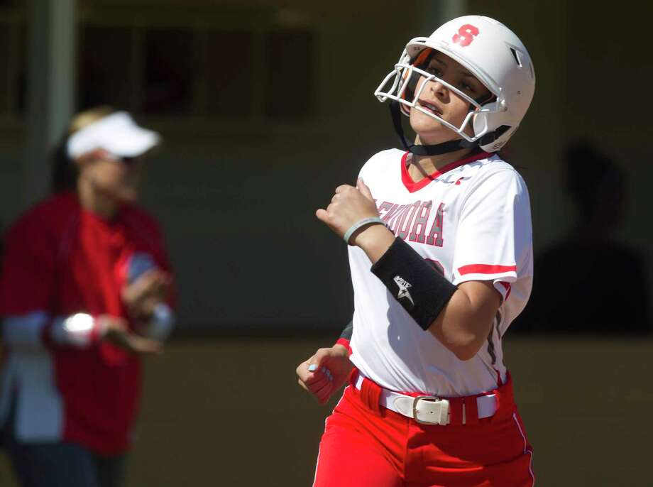 Nanushka Garcia(6) of Splendora reacts as she rounds third base after Crosby left fielder Jamie Slone (3) caught a fly ball by Savanna Parker with the bases loaded to end the seventh inning of a District 21-5A high school softball game Wednesday, March 15, 2017, in Splendora. Crosby defeated Splenodra 5-3. Photo: Jason Fochtman, Staff Photographer / © 2017 Houston Chronicle