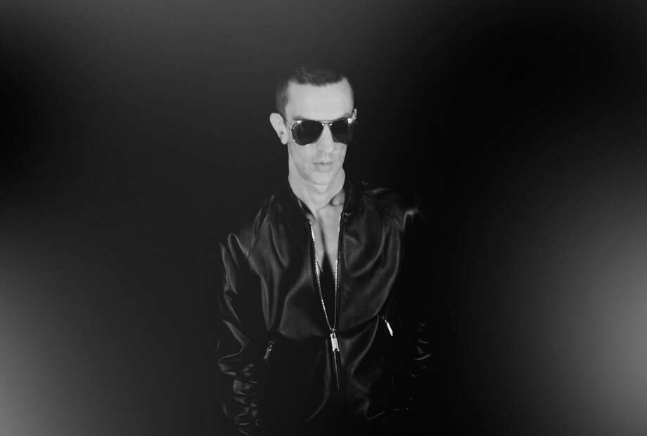 Richard Ashcroft, formerly of the Verve, began playing with all kinds of genres on his own. Photo: Capitol Records