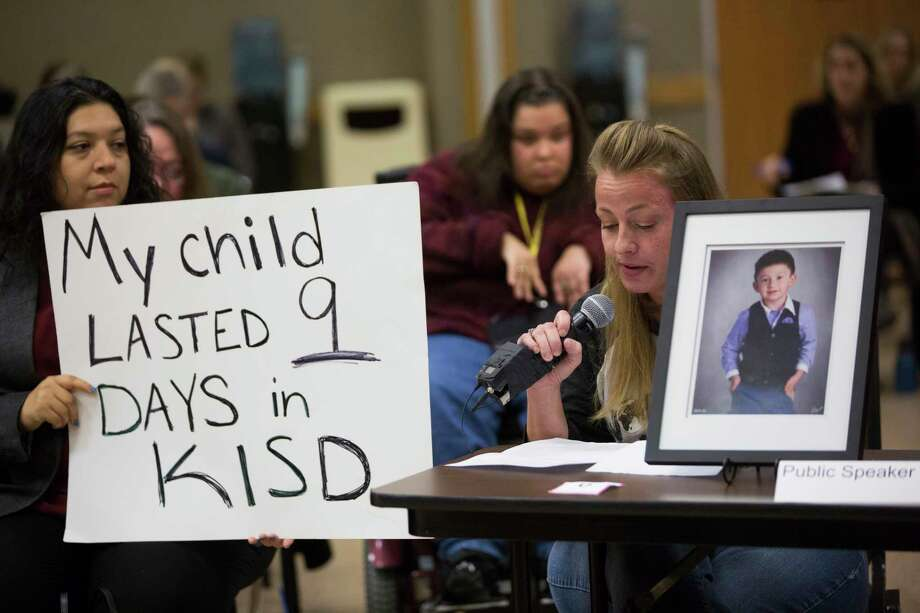 Angela Garvin speaks on behalf of her son who suffers from cerebral palsy.  Representatives from the U.S. Department of Education's Office of Special Education and Rehabilitative Services and the Texas Education Agency convened several meetings around the state late last year to listen to the concerns of parents regarding the state's delivery of special education services. ( Marie D. De Jesus / Houston Chronicle ) Photo: Marie D. De Jesus, Staff / © 2016 Houston Chronicle