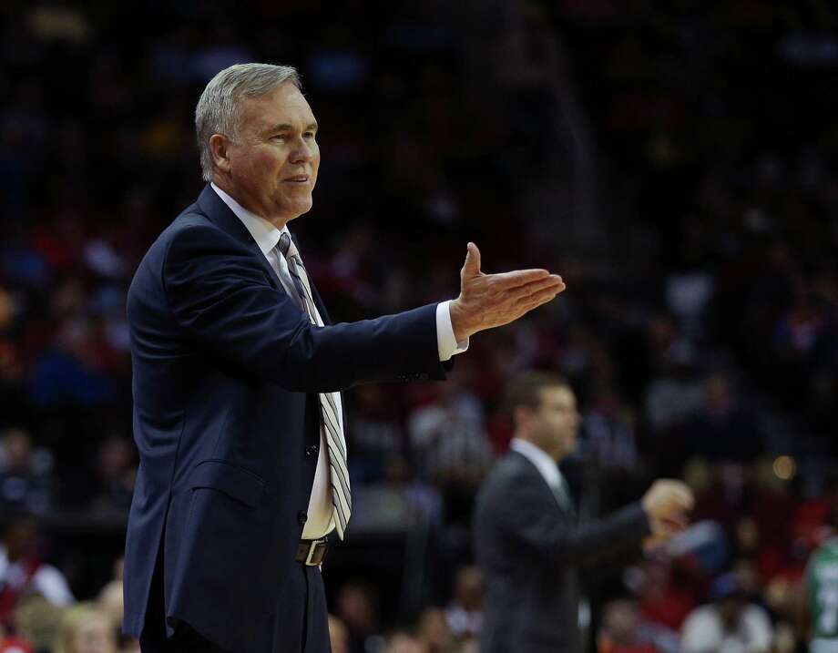 HOUSTON, TX - DECEMBER 05:  Head coach Mike D'Antoni of the Houston Rockets motions to the official at Toyota Center on December 5, 2016 in Houston, Texas. NOTE TO USER: User expressly acknowledges and agrees that, by downloading and/or using this photograph, user is consenting to the terms and conditions of the Getty Images License Agreement.  (Photo by Bob Levey/Getty Images) Photo: Bob Levey, Contributor / 2016 Bob Levey
