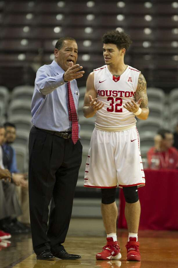 Led by coach Kelvin Sampson and guard Rob Gray Jr., the UH men's basketball team has been picked to finish sixth in the American Athletic Conference in 2017-18. Photo: Steve Gonzales/Houston Chronicle