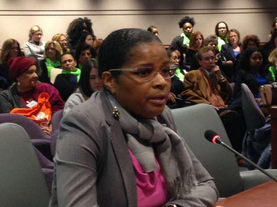 Aresta Johnson, interim superintendent of Bridgeport Public Schools testifies in Hartford. Photo: Linda Conner Lambeck / Linda Conner Lambeck