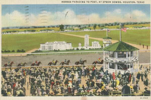 Color postcard of horses parading to post, at Epsom Downs, Houston, Texas, 1935. (Photo by Archive Photos/Getty Images)