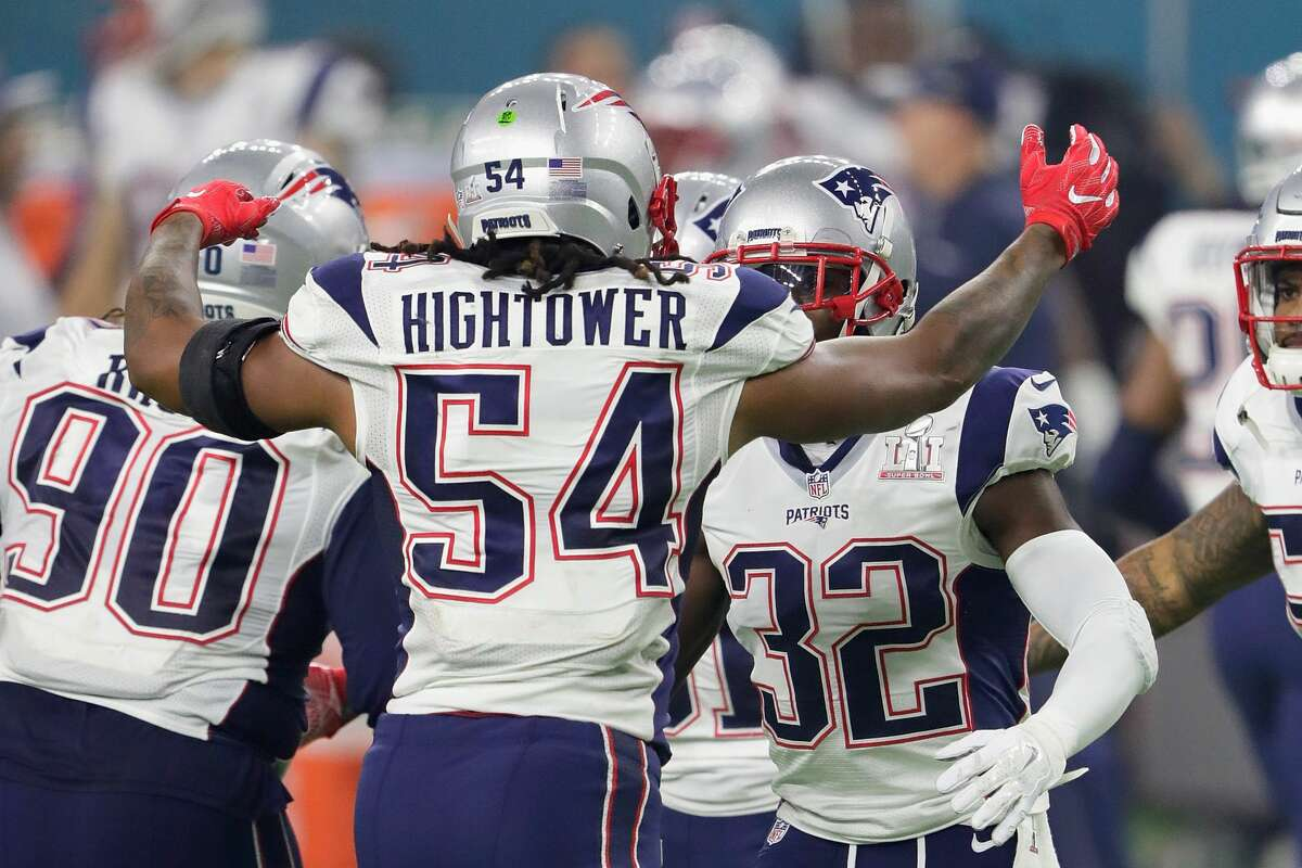 HOUSTON, TX - FEBRUARY 05: Dont'a Hightower #54 of the New England Patriots reacts after a sack on Matt Ryan #2 of the Atlanta Falcons during Super Bowl 51 at NRG Stadium on February 5, 2017 in Houston, Texas. (Photo by Jamie Squire/Getty Images)