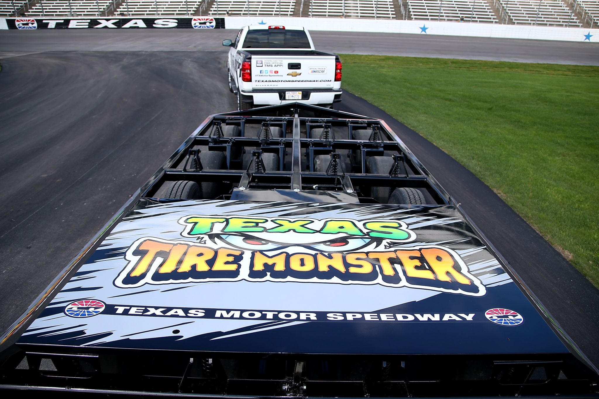 Texas motor speedway shows off its 39 texas tire monster for Apartments near texas motor speedway