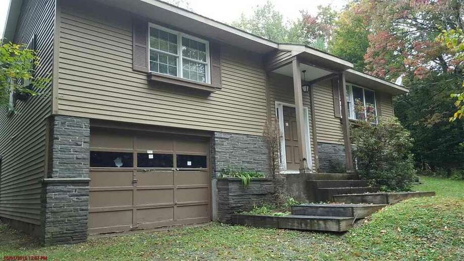 27 Pine Trail, Berlin, $37,900