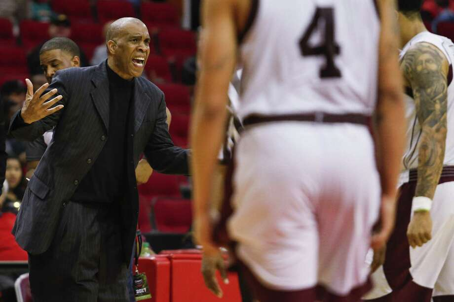 Texas Southern coach Mike Davis yells at his team during a game against Grambling State in the SWAC tournament semifinals at the Toyota Center on March 10, 2017 in Houston. Photo: Michael Ciaglo /Houston Chronicle / Michael Ciaglo