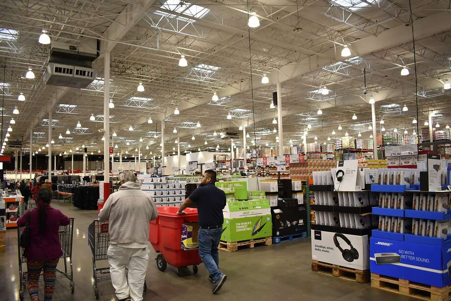 Click ahead to read about 10 perks of your Costco membership you might not know about. Photo: Alexander Soule, Hearst Connecticut Media