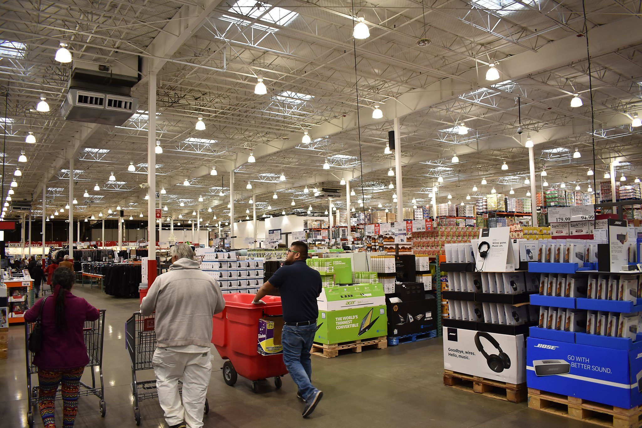 Costco Employees Share Their 9 Best Tips For Getting An Even Better
