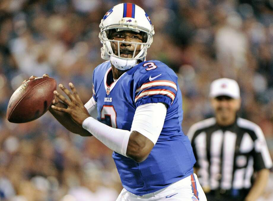 The Raiders are expected to sign QB EJ Manuel to compete with Connor Cook for the backup job behind Derek Carr. Photo: Gary Wiepert, Associated Press