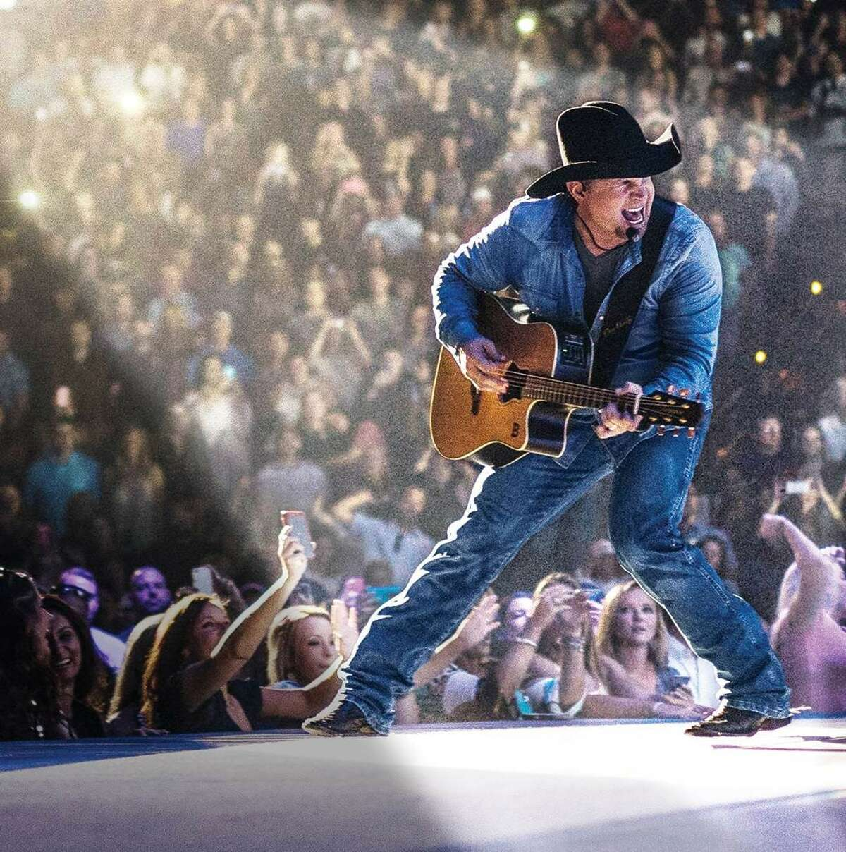 The Houston Livestock Show and Rodeo announced today that Garth Brooks will open and close the 2018 Rodeo.