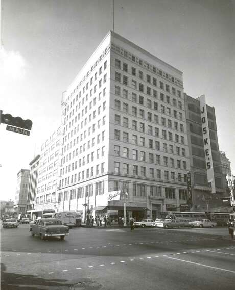 The Scanlan building, in this 1962 photo, is show at the intersection of Preston and Main streets in downtown Houston. (Houston Chronicle File Photo) / HANDOUT