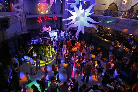 """A look down at the dance floor as parents and there kids danced to disco music. San Fracisco nightclub Ruby Skye hosts the city's first Baby Loves Disco event, """"the first disco party for toddlers.""""    KURT ROGERS/THE CHRONICLE SAN FRANCISCO  THE CHRONICLE SFC DISCO19_0091_kr.jpg"""