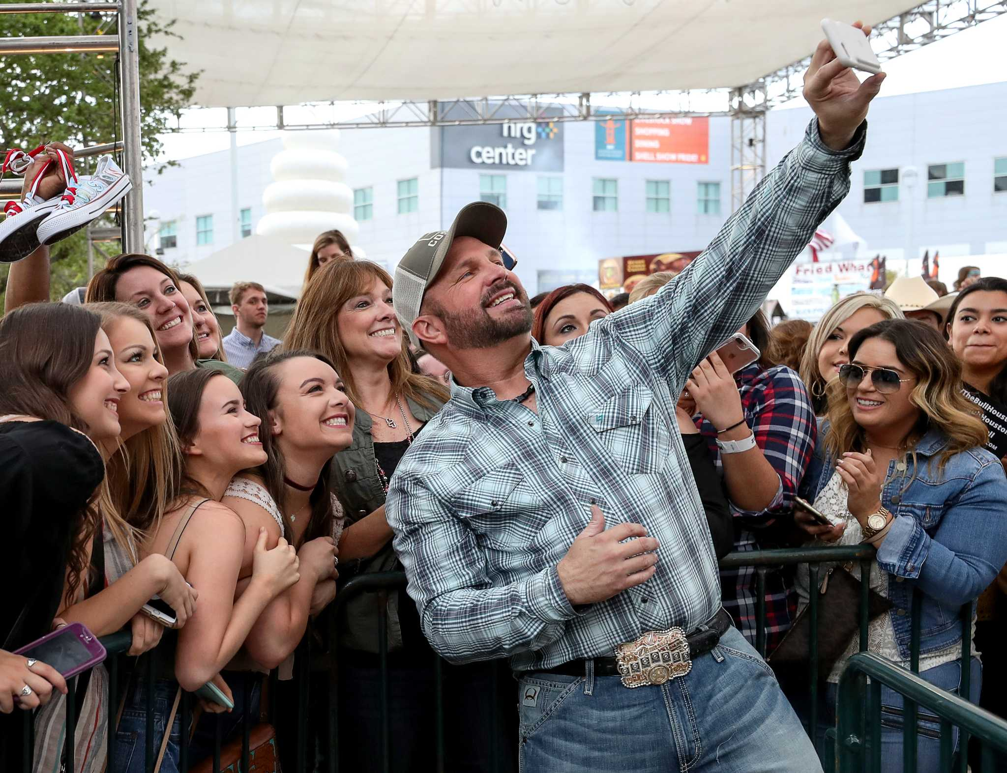 Garth Brooks Sells Out Two Rodeohouston Dates In 18