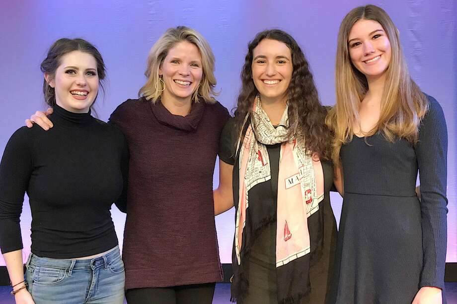 Tony-winning actress Kelli O'Hara speaks with Performing Arts Conservatory of New Canaan students. From left: Allison Demers of New Canaan, Kelli O'Hara, Tessa Piontkowski of New Canaan and Erin Bronner of Wilton. Photo: Contributed Photo / New Canaan News