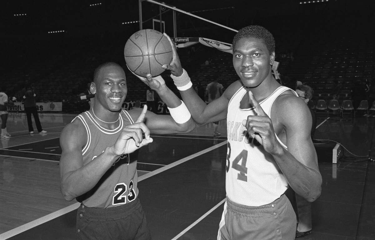 PHOTOS: See how the Rockets did in head-to-head matchups against Michael Jordan's Bulls Hakeem Olajuwon and Michael Jordan both came out of the 1984 NBA Draft and won multiple championships, but never got to play each other in an NBA Finals. There are quotes from both players that reveal how they think that matchup would have gone. Browse through the photos above to see how the Hakeem Olajuwon and the Rockets did against Michael Jordan's Bulls over the years ...