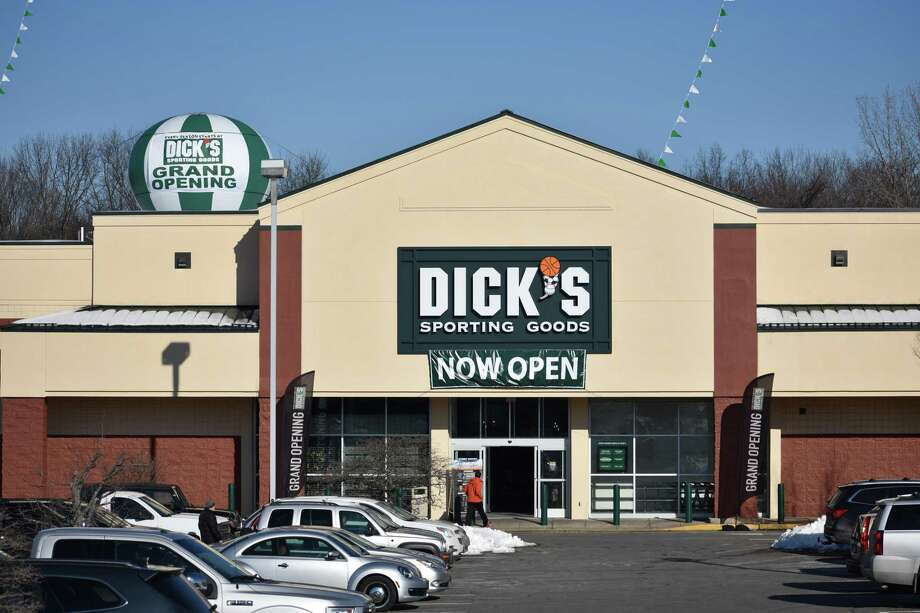 A shopper enters a new Dick's Sporting Goods on Fridaat 444 Connecticut Ave. in Norwalk. Photo: Alexander Soule / Hearst Connecticut Media / Stamford Advocate