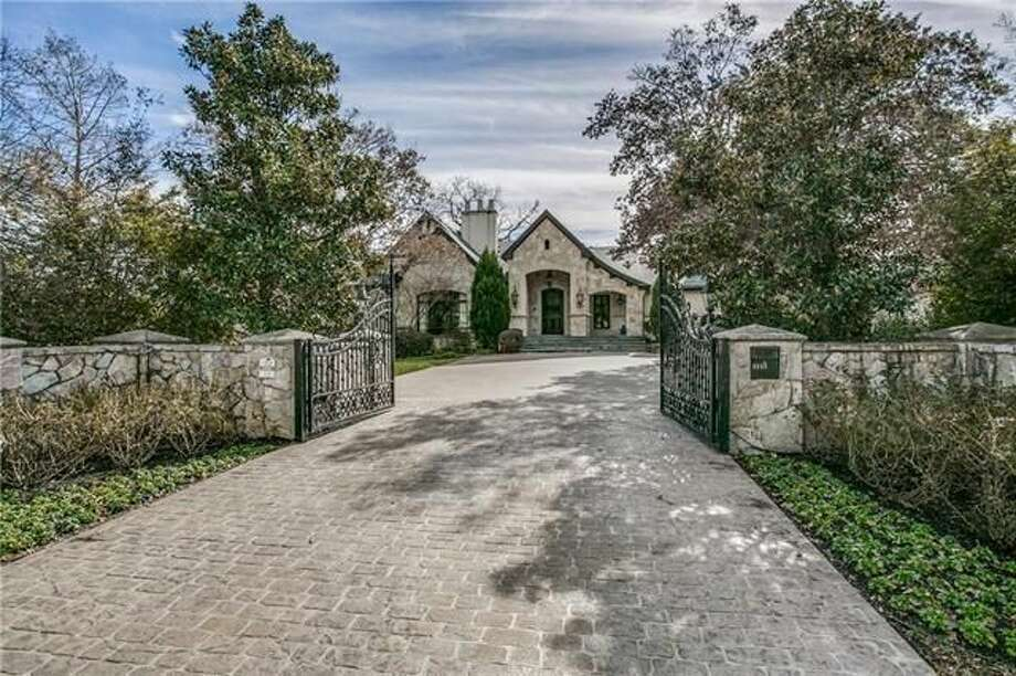 Texas Rangers infielder Elvis Andrus has listed his $4.5 million Dallas home and compound for sale. Photo: Realtor.com