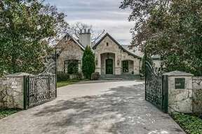 Texas Rangers infielder Elvis Andrus has listed his $4.5 million Dallas home and compound for sale.