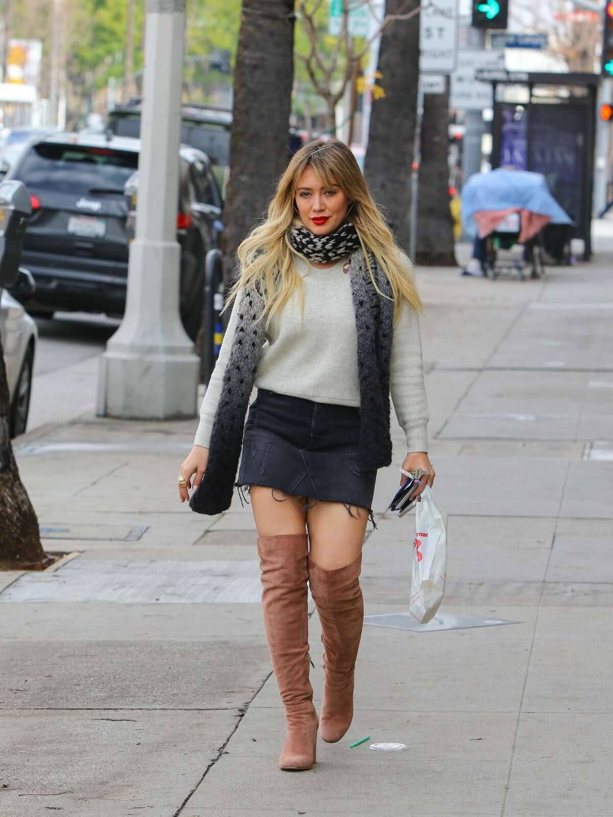 Hilary Duff is seen on January 09, 2017 in Los Angeles, California. Keep clicking to see more celebrities in mini skirts.
