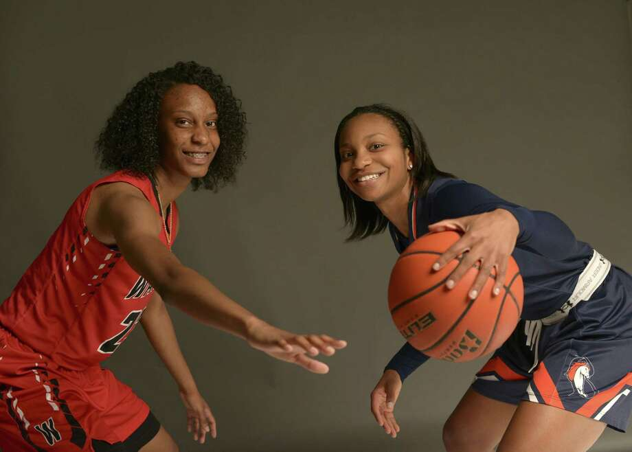 Kiana Williams of Wagner (left) and Gabby Connally of Brandeis are the 2016-17 Express-News Girls Basketball Co-Players of the Year. Photo: Billy Calzada /San Antonio Express-News / San Antonio Express-News