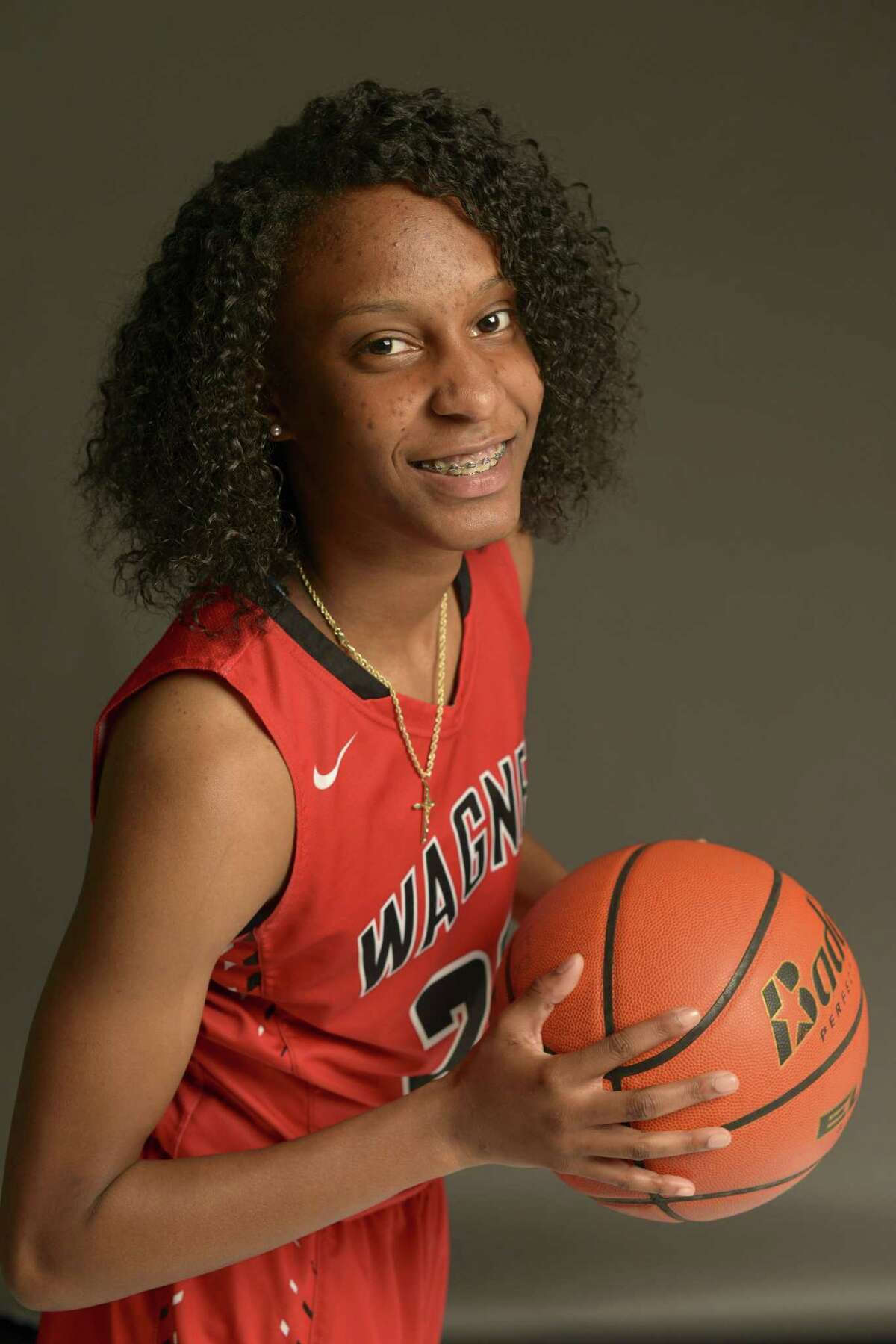 Kiana Williams, Stanford Senior, guard, 5-8 Kiana Williams shared Express-News Player of the Year honors with Georgia's Gabby Connally in 2017. Williams played four seasons at Wagner and is a former high school teammate of Arkansas' Amber Ramirez. Both led the Thunderbirds to UIL state tournament appearances in 2014 and 2015. Williams was selected as a McDonald's All-American in 2017. Williams became Stanford's full-time starting point guard when she was a freshman. She's averaging 13.4 points and has made 294 3-pointers (one shy of the Stanford record) in 131 games (122 starts). On Wednesday, she was selected to the Associated Press All-America third team and was named the Pac-12 Tournament's Most Outstanding Player. First game: Stanford vs. Utah Valley, 9 p.m. Sunday, Alamodome