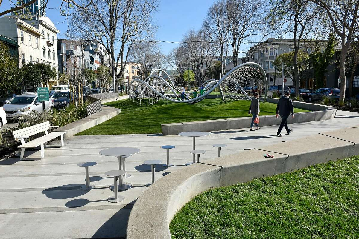 The newly designed and renovated South Park in San Francisco, CA, on Friday March 17, 2017.
